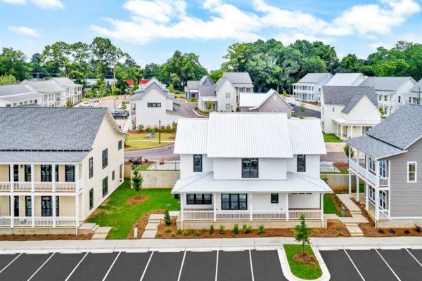 AvenueAuburn_Student_Housing_LR_Web_1200px_-Aerial_