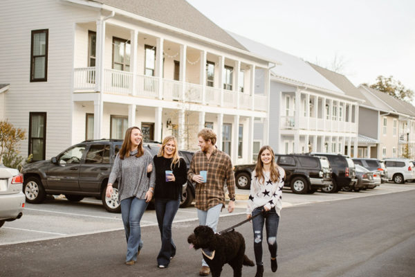AvenueAuburn_Student_Housing_LR_Web_1200px_-Boulevard-31_